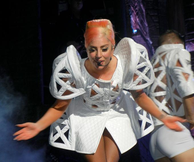 Леди Гага. Атака на лишний вес