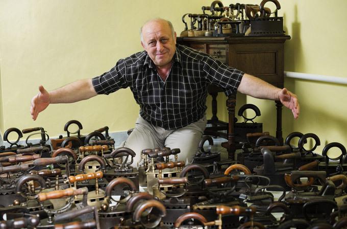 Самая большая коллекция утюгов