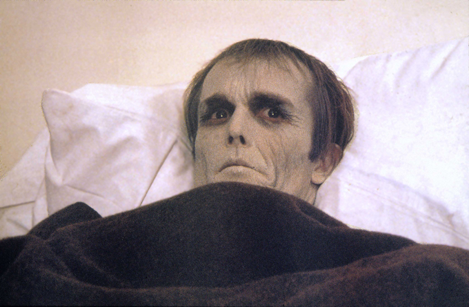 Научные исследования бреда о зомби