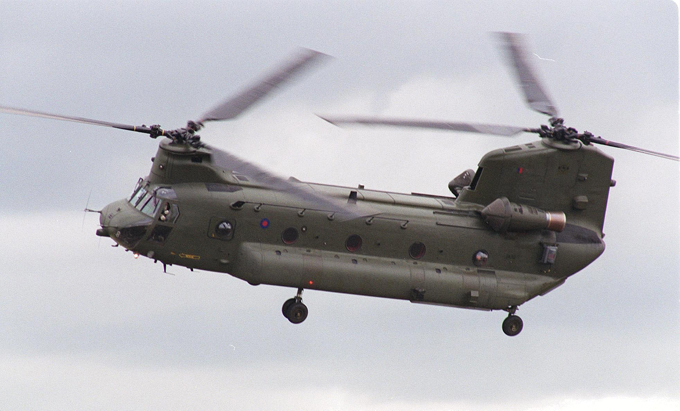 """Многоцелевой транспортный вертолет """"Chinook"""""""