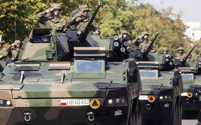 Почему Польша мстит России за свое спасение. Погибшие за свободу Польши убиты во второй раз