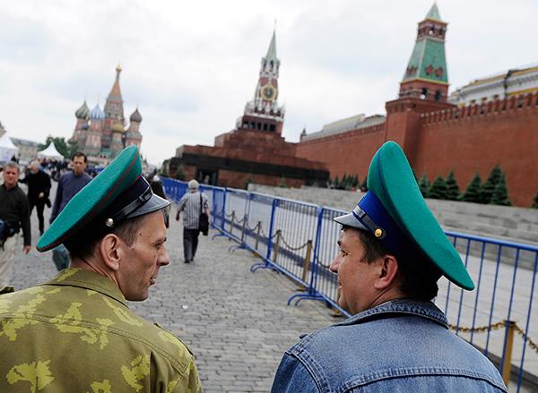 Россия отмечает День пограничника