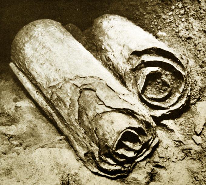 Наука бессильна перед этими загадками истории. Свитки Мертвого моря