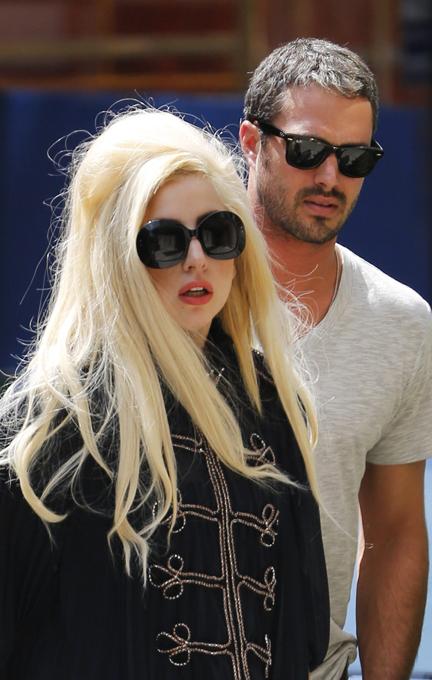 """Леди Гага: """"Я хочу, чтобы мою свадьбу запомнили!"""""""