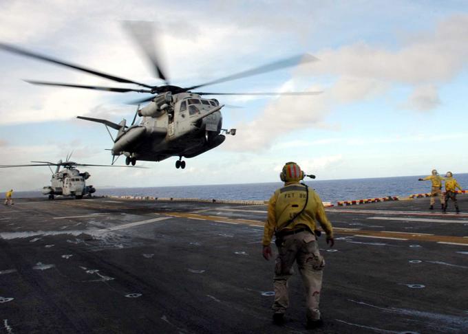 Ломовой воздушный извозчик CH-53E