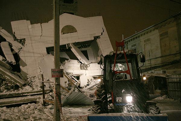 Обрушение строящегося здания в Таганроге