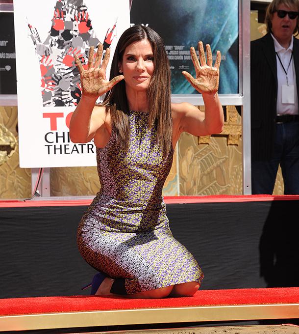 Сандра Баллок оставила свой след на Голливудском бульваре