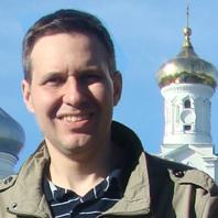 Александр Артамонов