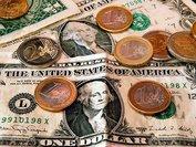 Сегодня доллар и евро подешевели