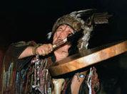 Бубен шамана освятил  церковь