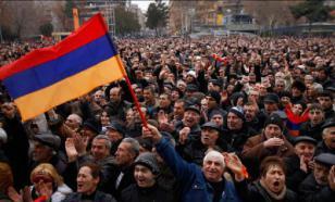 Подробности: в Армении началась тотальная забастовка