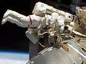 Российские космонавты поделятся с астронавтами США едой на МКС