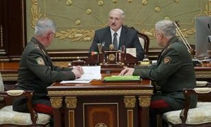 """Лукашенко пообещал ответ, если Польша будет """"бряцать оружием"""""""