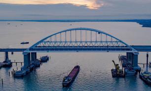 Путин пообещал досрочно завершить железнодорожную часть Крымского моста