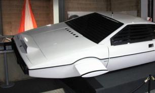 Маск задумался о создании машины-амфибии из фильма про Джеймса Бонда