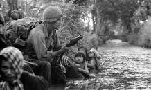 """Вьетнам требует от Monsanto ответить за химатаки агентом """"Оранж"""""""