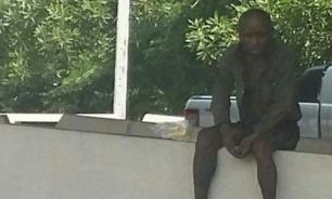 Старик 10 лет ждал у дороги бросившую его дочь