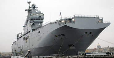Россия может  построить собственный авианосец, убежден Дмитрий Рогозин