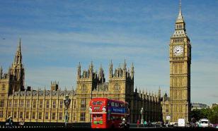 Парламент Британии потребовал от Кэмерона полный отчет по операции в Сирии