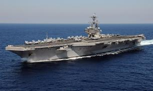 Ударный авианосец США проведет два года в ремонте