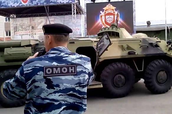 Бойцы ОМОНа встали на защиту командира, который покалечил подчиненного