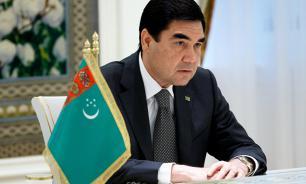 Президент Туркмении зачитал рэп в честь туркменского коня
