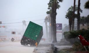 """Во Флориде лютует """"Ирма"""": ураган опять набрал силу в пять баллов"""