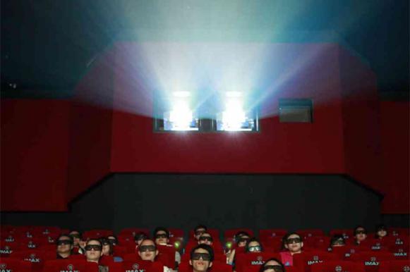 Китай открыл на коралловом острове Вуди самый южный в стране кинотеатр