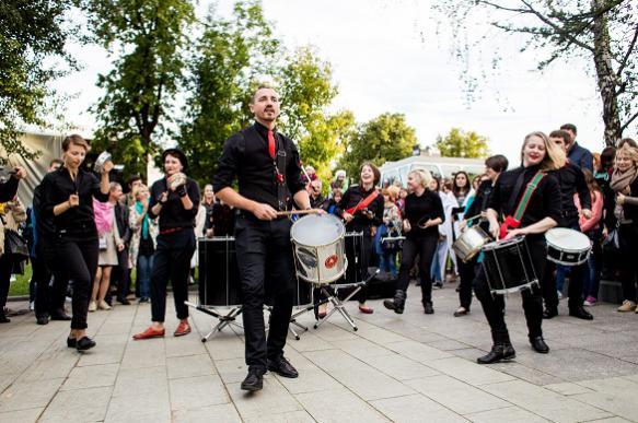 """Фестиваль """"Театральный марш"""" откроет новый сезон в день города"""