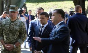 Зеленский потребовал разработать план защиты Украины от агрессии
