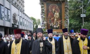 Крестный ход УПЦ МП собрал в Киеве сотни тысяч верующих