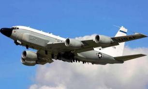 """Китай начал """"по-русски"""" гонять американские самолеты-разведчики"""
