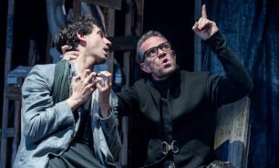 """Театр """"Гешер"""": Укрощение строптивой истории"""