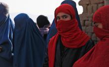 Казахстан запретит ношение хиджабов и балаклав