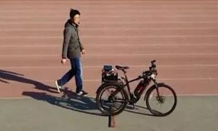 В Китае создали велосипед с автопилотом на голосовом управлении