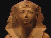 Первую женщину-фараона погубил лосьон