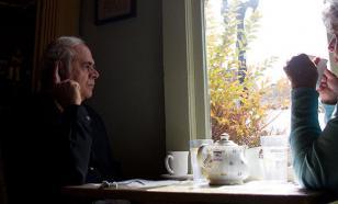 """Соцслужбы опровергают возврат пенсионером """"подачки"""" Медведеву"""