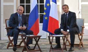 """Макрон заявил, что верит в """"европейское будущее России"""""""