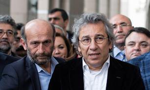 В Турции арестовали журналистов, опубликовавших статью о поставках оружия в Сирию