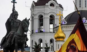 """Скандальный памятник Ивану Грозному """"обезглавили"""""""