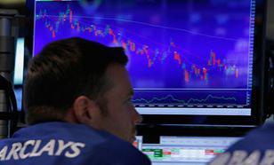 За первые минуты торгов индекс Dow Jones упал на тысячу пунктов
