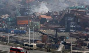 Число погибших в результате взрывов в Тяньцзине превысило сотню человек