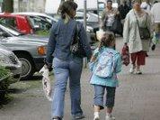 Детей без мамы быть не может