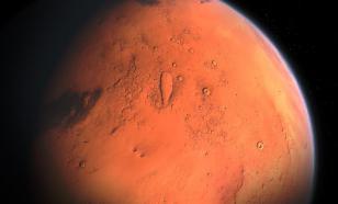 На Марсе нашли водяной лед
