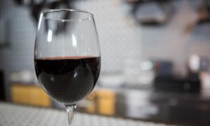 Шведские ученые: один бокал вина в день предотвращает депрессию