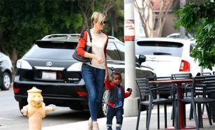 Голливудская звезда публично сделала своего сына девочкой