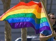 Голландия обещает приютить всех геев России