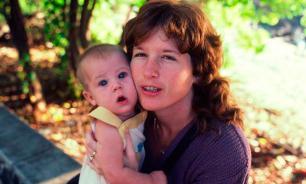 Ученые определили, как детский мозг реагирует на голос матери