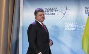 """Порошенко посчитал статью в New York Times о коррупции на Украине """"элементом гибридной войны"""""""