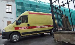 На Щелковском шоссе КамАЗ протаранил автобус